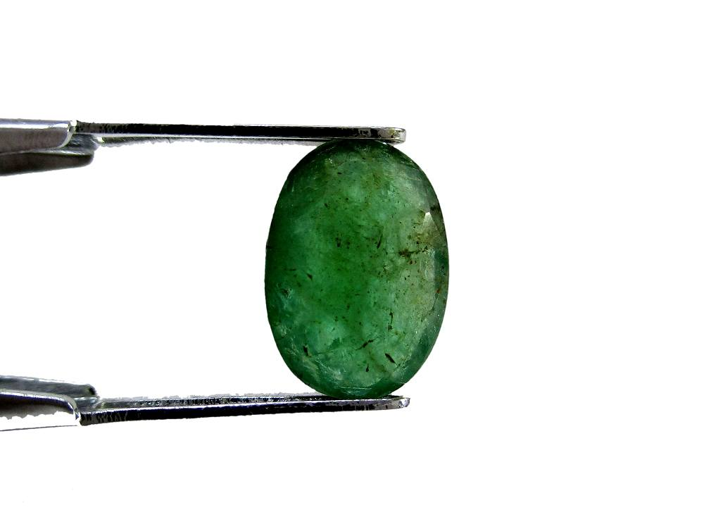 Emerald - 1.96 Carat - GFE06002 - Image 2