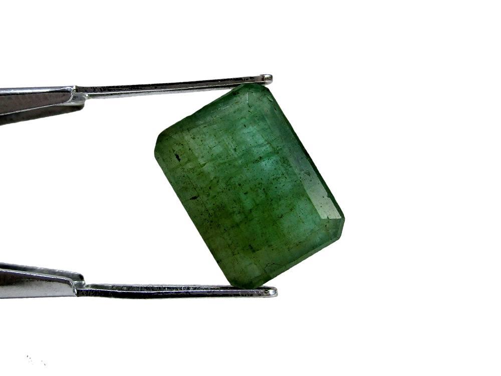 Emerald - 4.57 Carat - GFE06004 - Image 2