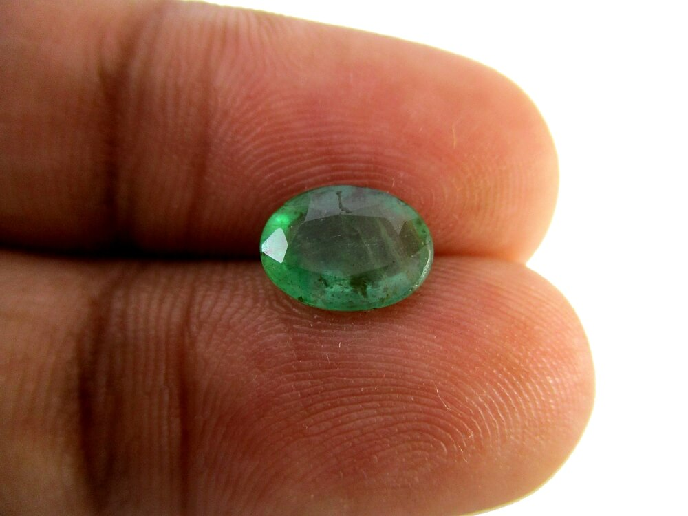 Emerald - 1.20 Carat - GFE06035 - Image 3