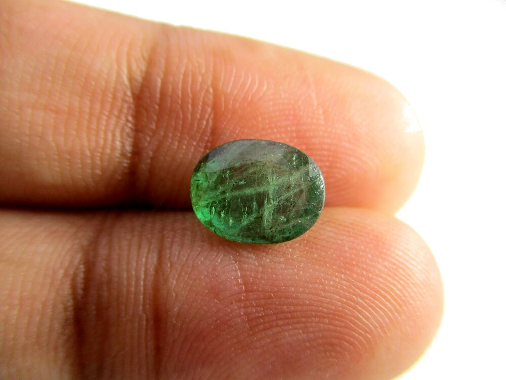 Emerald - 1.77 Carat - GFE06049 - Image 3