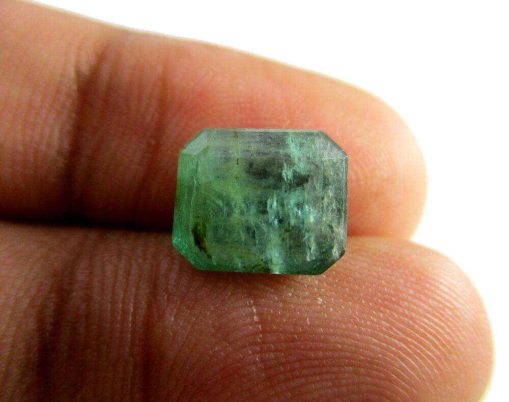 Emerald - 2.90 Carat - GFE06054 - Image 3