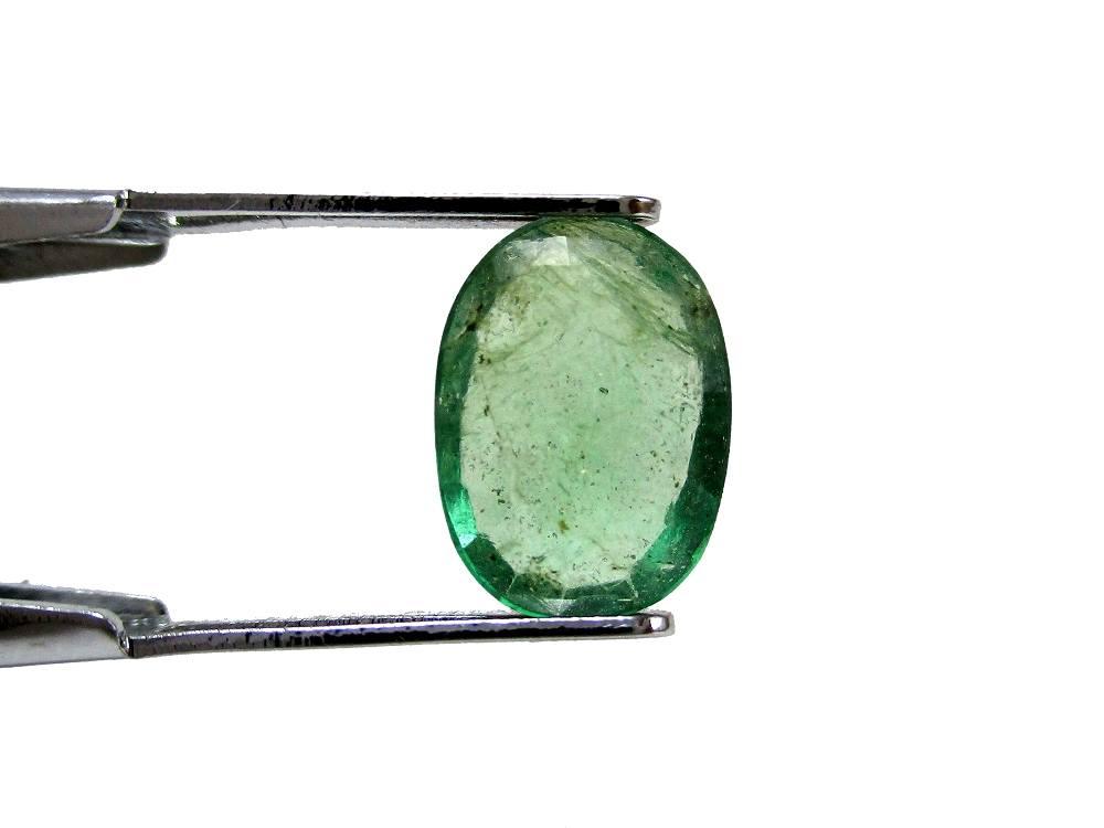 Emerald - 1.35 Carat - GFE06066 - Image 2