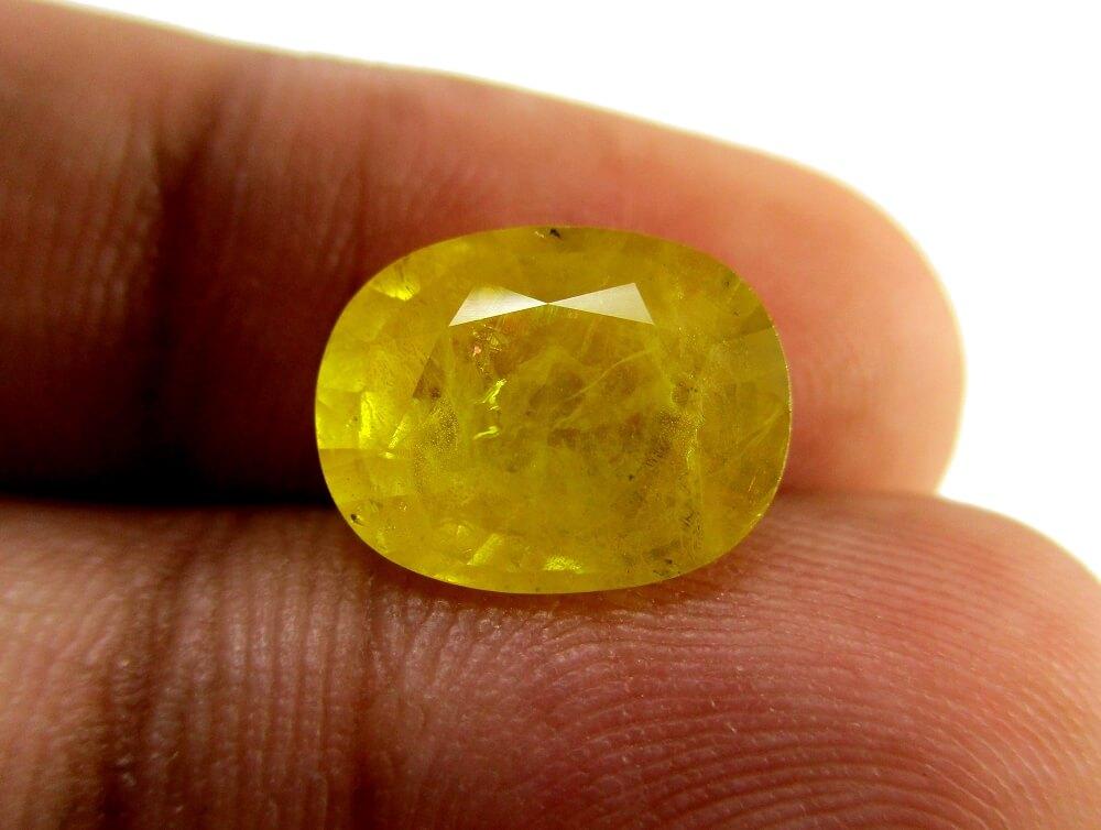 Yellow Sapphire - 5.02 Carat - GFE07032 - Image 3