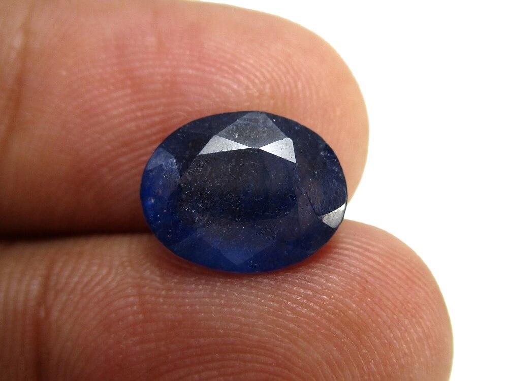 Blue Sapphire - 4.13 Carat - GFE08017 - Image 4