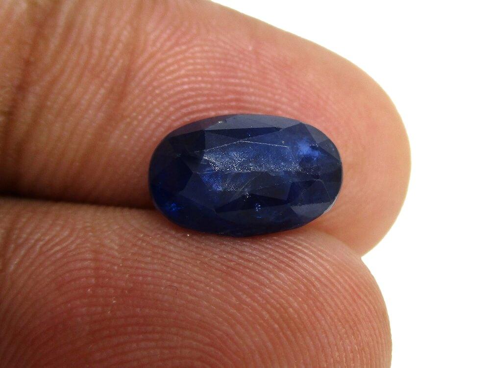 Blue Sapphire - 3.45 Carat - GFE08070 - Image 4