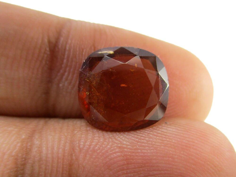 Hessonite Garnet - 4.16 Carat - GFE09009 - Image 3