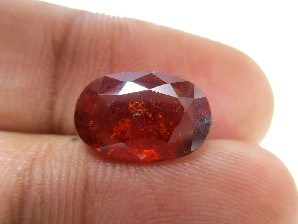 Hessonite Garnet - 4.62 Carat - GFE09025 - Image 3