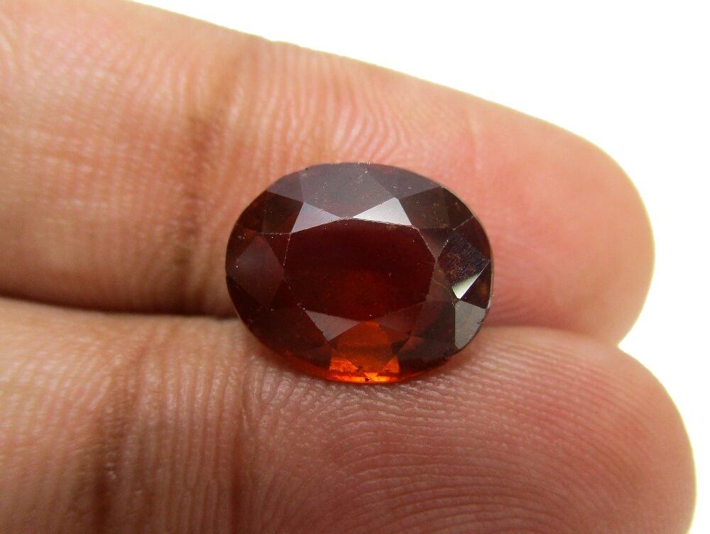 Hessonite Garnet - 4.67 Carat - GFE09027 - Image 3