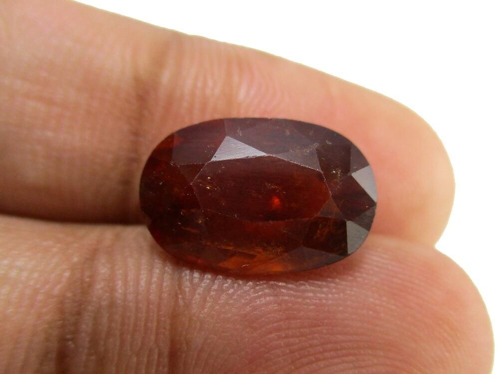 Hessonite Garnet - 6.58 Carat - GFE09038 - Image 3