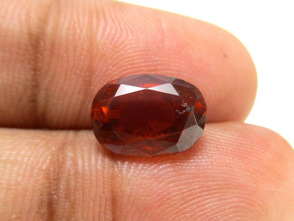 Hessonite Garnet - 4.91 Carat - GFE09058 - Image 3
