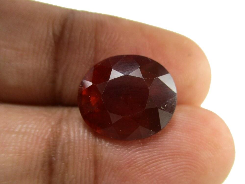 Hessonite Garnet - 7.80 Carat - GFE09067 - Image 3