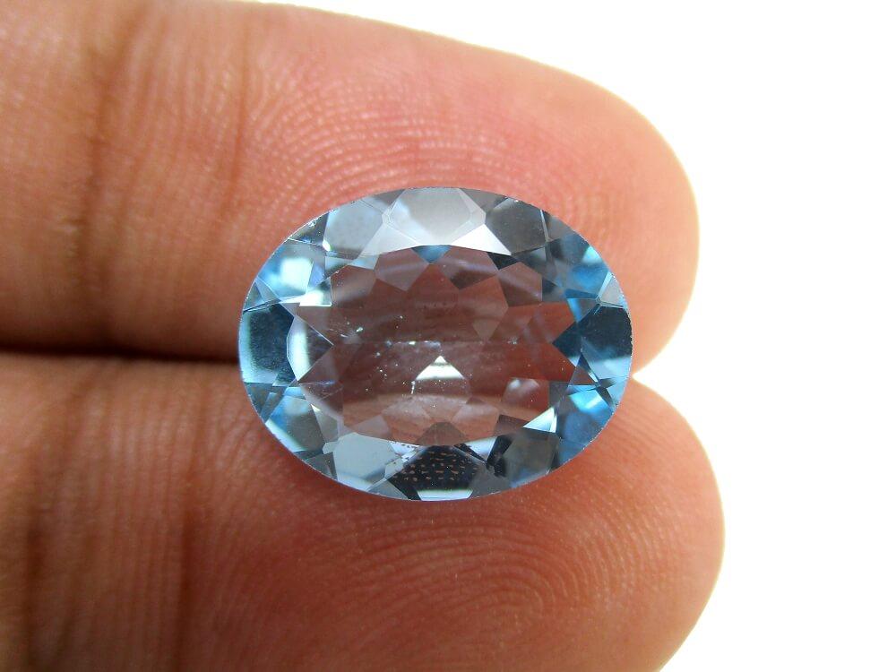 Blue Topaz - 5.25 Carat - GFE14004 - Image 3