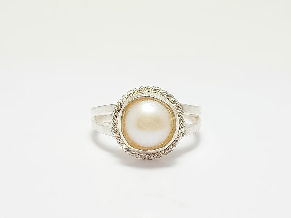 Pearl Ring 19